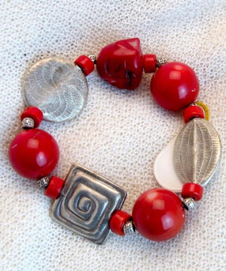 Armband mit Bambuskoralle, Silber und Achat