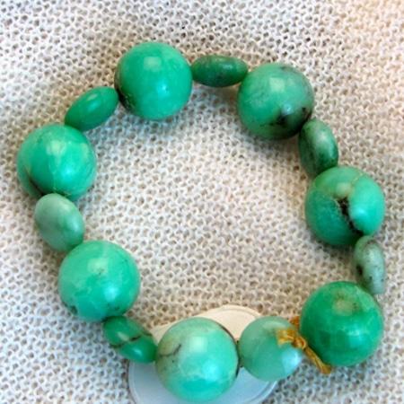 Armband mit Smaragden und hochwertigen Halbedelsteinen