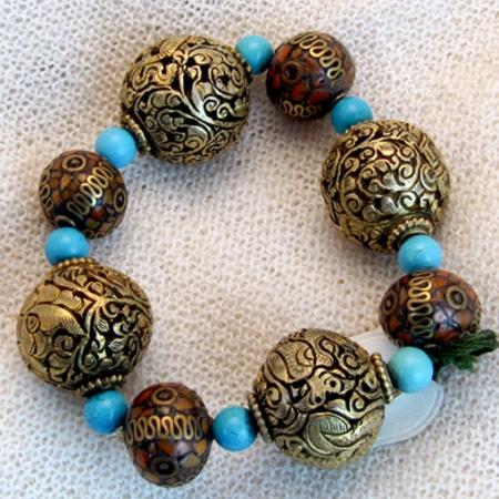 Armband mit tibetischen Glückskugeln und antiken Glasperlen